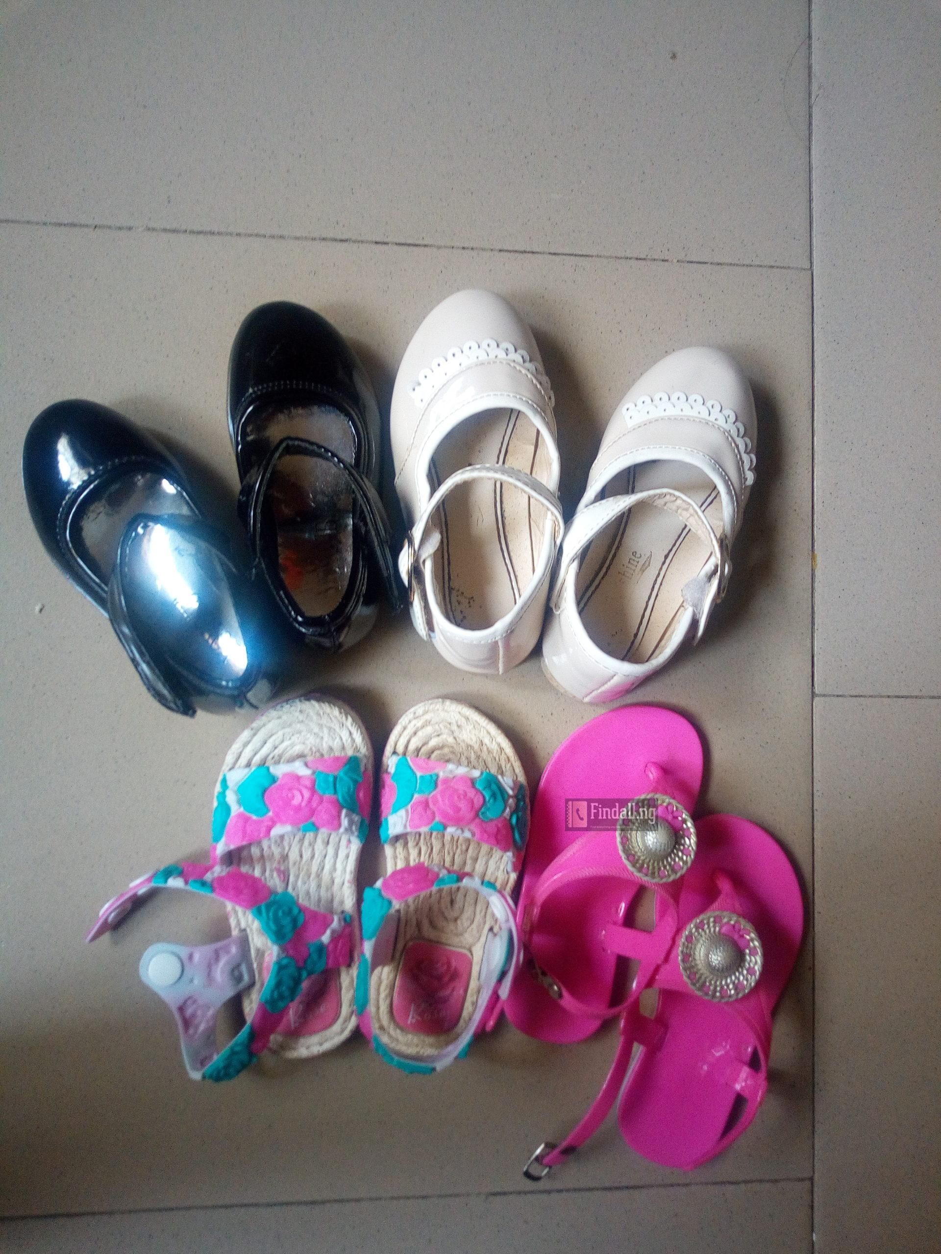 Free gift of girls used footwears