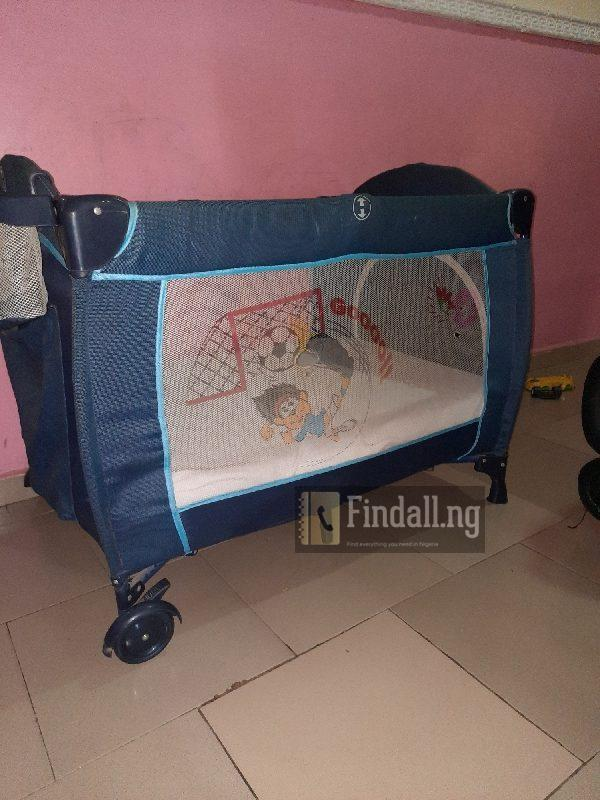 Used baby crib for free