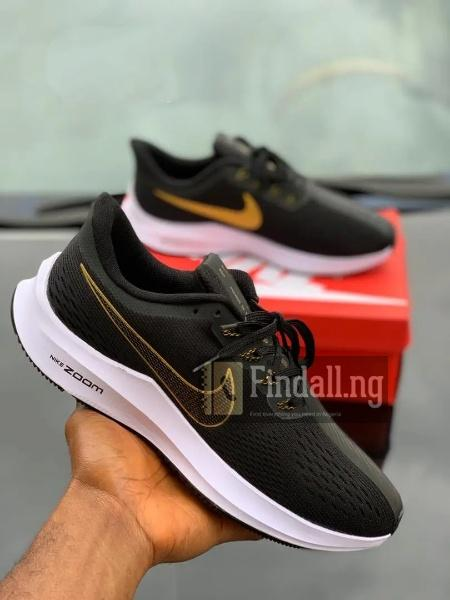 High Quality Nike Zoom Sneakers