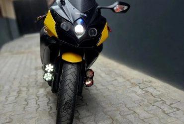 Suzuki GSX 2010 Yellow